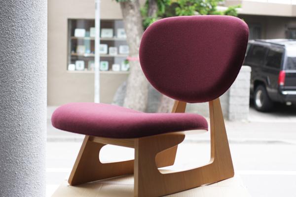 低座椅子2