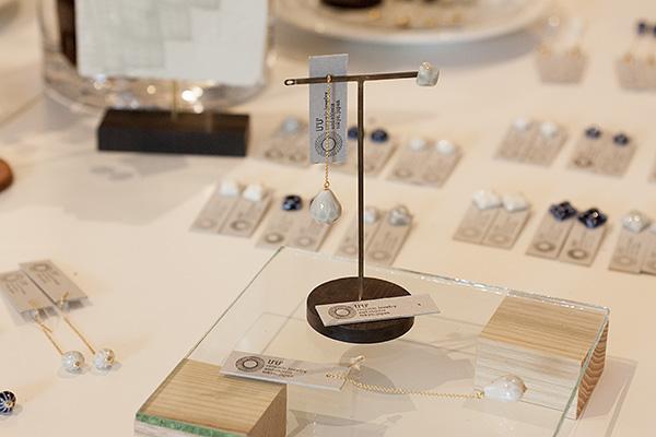 U'U'ceramic jewelry and objects